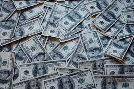 Lägre ränta på bolånet ger mer pengar i plånboken.